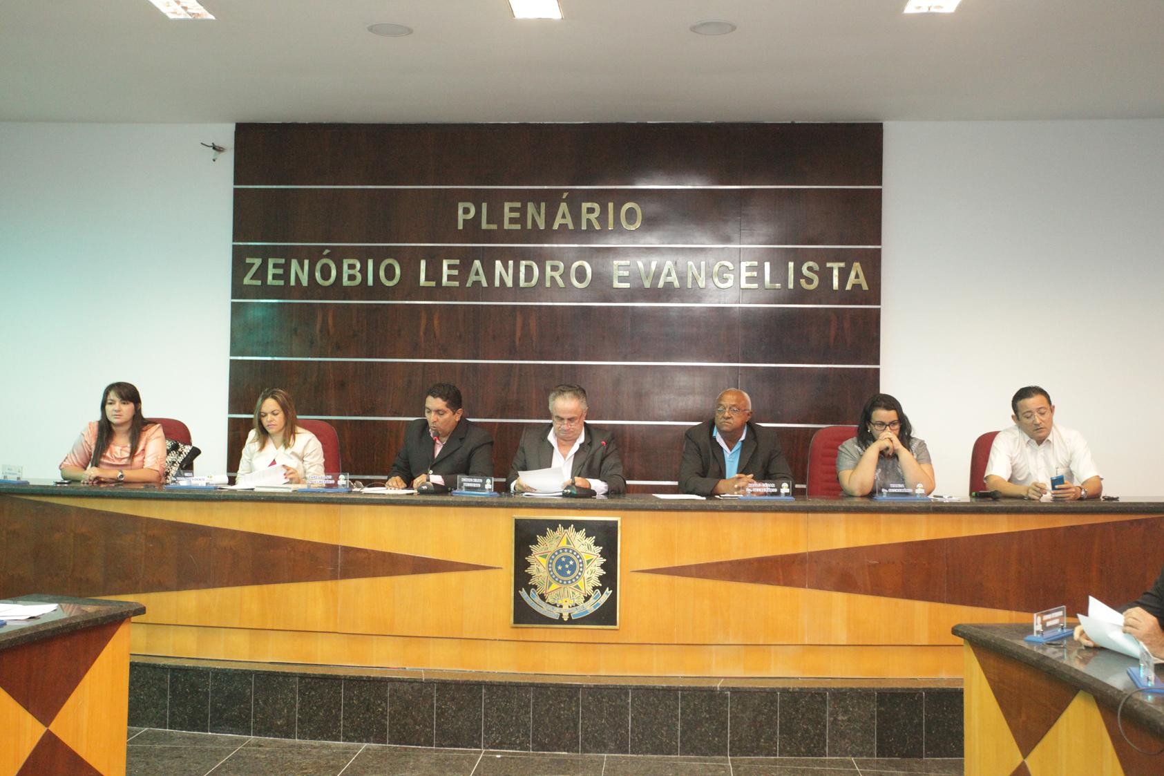 Vereadores aprovam reestruturação do Conselho Municipal de Saúde