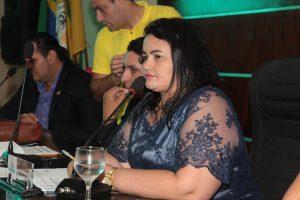 Vereadora Wanda propõe curso de capacitação para profissionais que atendem menores em  situação de risco