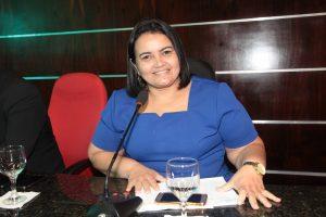 Vereadora Wanda apresenta projeto de lei para instituir o Programa de Parcelamento de Multas de Trânsito
