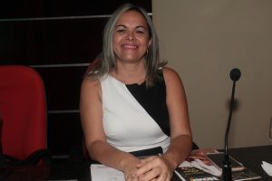 Vereadora Cira requer a construção de um cemitério público no Eusébio