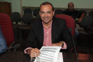 Vereador Nildinho propõe instituição  do Kit de Higiene para bebês