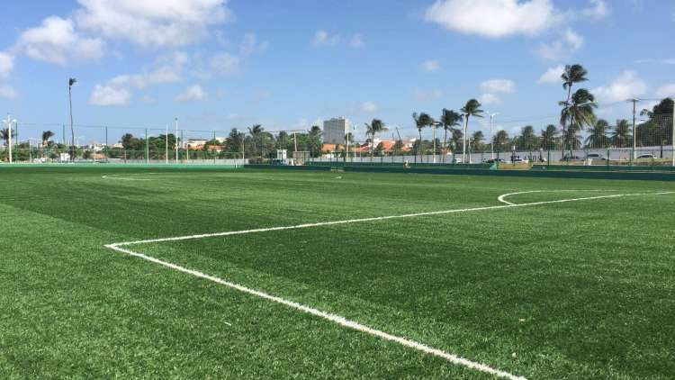 Vereador Fares Filho solicita construção de Areninha e Ginásio Poliesportivo