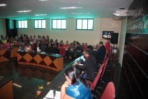 Plenário lotado prestigia a 30ª sessão ordinária