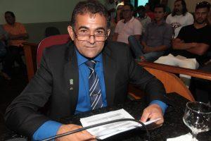 Vereador Chico do Posto pede regularização do sistema de mototaxis no Eusébio
