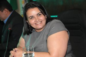 Vereadora Wanda Morais oficializa nome da rua Francisca das Graças Feijó