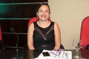Vereadora Cira Targino propõe aulas de educação física a partir da educação infantil