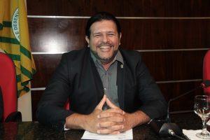 Vereador Tarcísio da Cultura propõe criação do Programa Bolsa-Artista