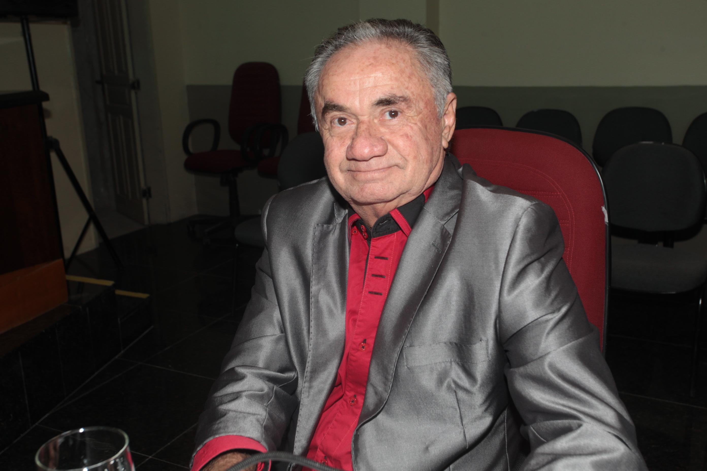 Vereador Nonato Xilito enaltece  trabalho do CRAS do Jabuti
