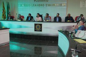 Vereadores Tarcísio da Cultura, Cira e Dadá propõem o fortalecimento do DAE