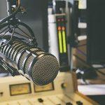 Eusébio realiza programa Rádio Escola na versão virtual e estimula alunos ao protagonismo juvenil